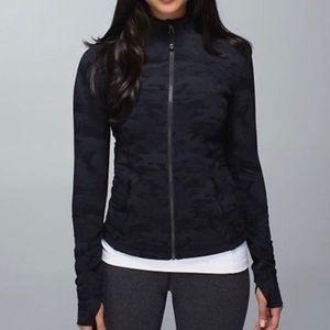 Lululemon Forme Camo jacket size 4